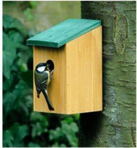 Houten vogelhuisje - nestkastje met groen dak 22 cm - Vogelhuisjes tuindecoraties