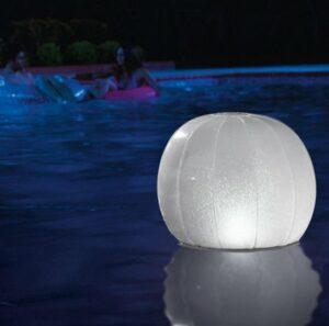 Drijvende led lichtbal - Floating led ball 23cm x 22cm - Intex