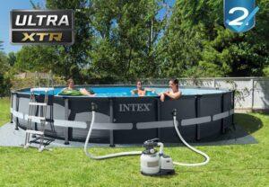 Groot Intex zwembad