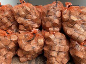 Hardhout briketten voor open haard , houtkachel , kachel en vuurkorf - 75 stuks 9kg