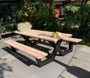 Picknicktafel met stalen X frame - douglas hout - robuuste tuintafel